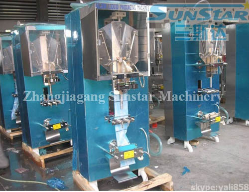 Automatic Pouch/Bag Liquid Packing Machine