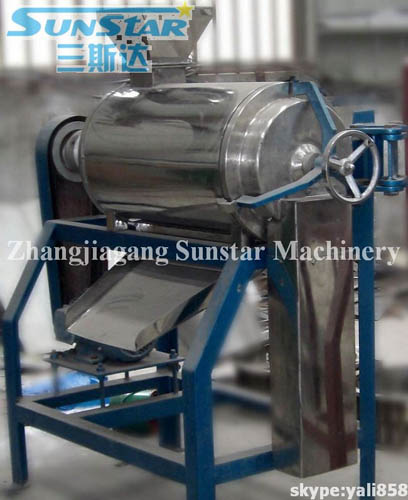 Single stoning and pulping machine
